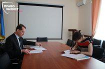 Замминистра по вопросам реинтеграции временно оккупированных территорий подписал меморандум с правозащитниками