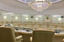 КПВВ, налоги, расчеты, мобильная связь: О чем шла речь на заседании ТКГ по Донбассу