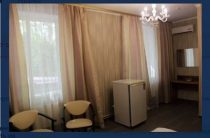 Жадность решает все? В Киеве переселенцев выселили из отеля накануне Лиги чемпионов