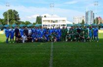 Депутати і журналісти заради допомоги дітям-переселенцям зі сходу України зіграли у футбол
