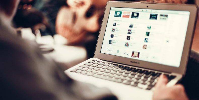 Какие услуги доступны для переселенцев онлайн