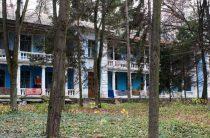 В Житомирской области 67 семей-переселенцев живут в санатории без света и воды