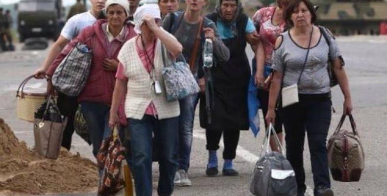 У Вакарчука рассказали об отношении к жителям оккупированных территорий и переселенцам