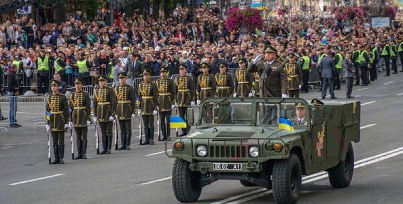Люди восстанут: Казарин сказал, чем обернется для Зеленского отмена парада