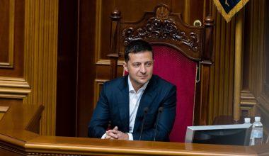 Зеленский пообещал разобраться с проблемой жилья для переселенцев-участников АТО