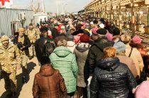 Зарегистрированных переселенцев в Украине стало больше