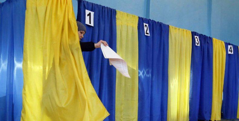 Українці підтримують проведення виборів на ТОТ не раніше ніж через два роки після деокупації