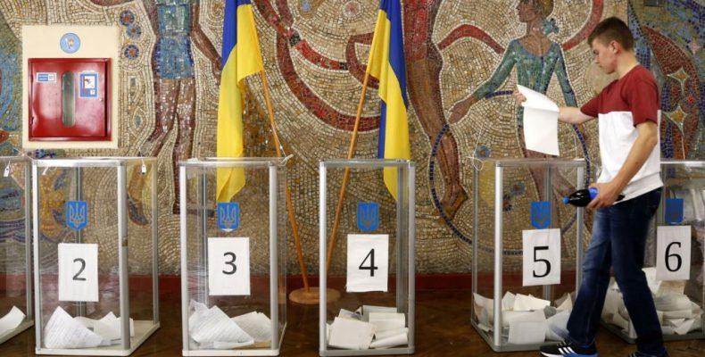 Достаточно заявления: ЦИК упростила процедуру изменения избирательного адреса для всех