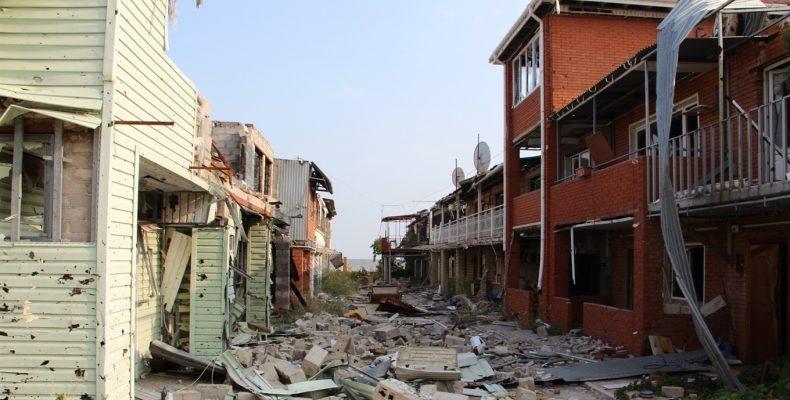 Переселенцы из Широкино требуют соблюдения своих прав
