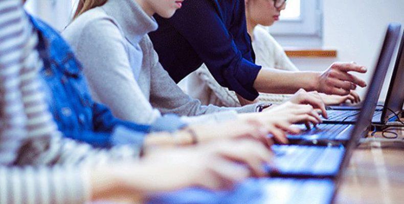 Жителі Донбасу, ВПО та воїни АТО/ООС можуть отримати стипендію на ІТ-освіту