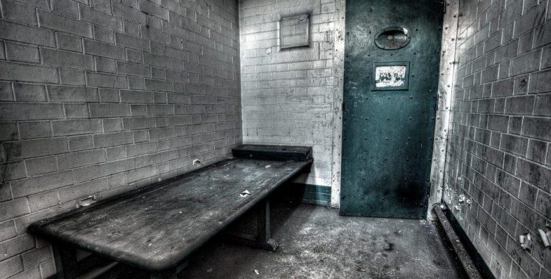 В тюрьму за пенсией. Переселенец готов сесть на три года, чтобы получать пенсию