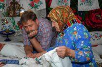 Вышить, чтобы выжить: переселенцы возрождают подольскую вышивку