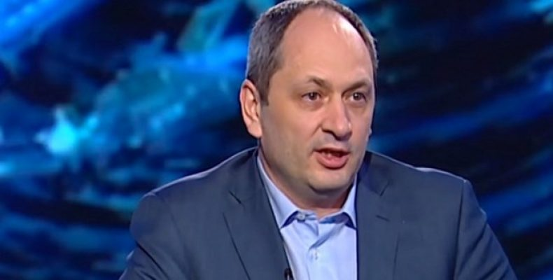 Переселенцы, которых незаконно выселяют из отеля Житомир, обратились к министру Чернышу